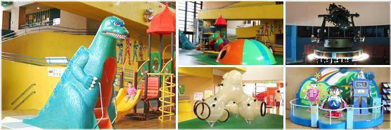 児童会館のさまざまな遊具